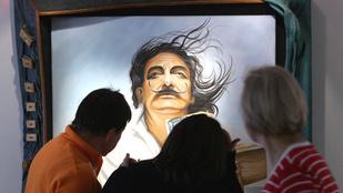 Meghívó Salvador Dalí agyába