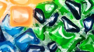 Mosószerkapszula=színes cukorka a gyereknek