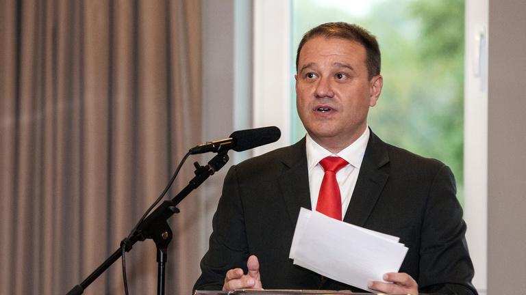 Parlamenti belépőt is kapott Tarsoly Csaba