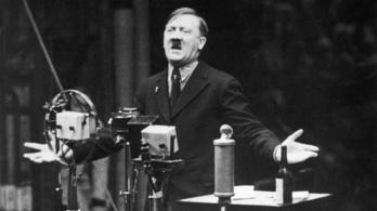 A Hitler-bajusz titka