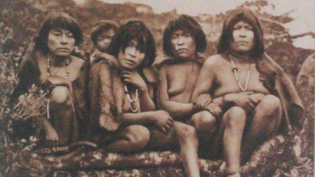 Alig néhány év alatt végeztek a Tűzföld névadó indiánjaival