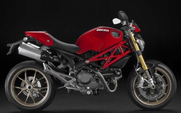 Ducati Monster 1100 S - az utolsó száraz kuplungos széria