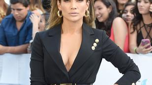 Jennifer Lopez dekoltázsa bemutatja: az MTV Movie Awards győztesei
