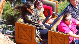 Suri Cruise Disneylandet is nagyon élvezte