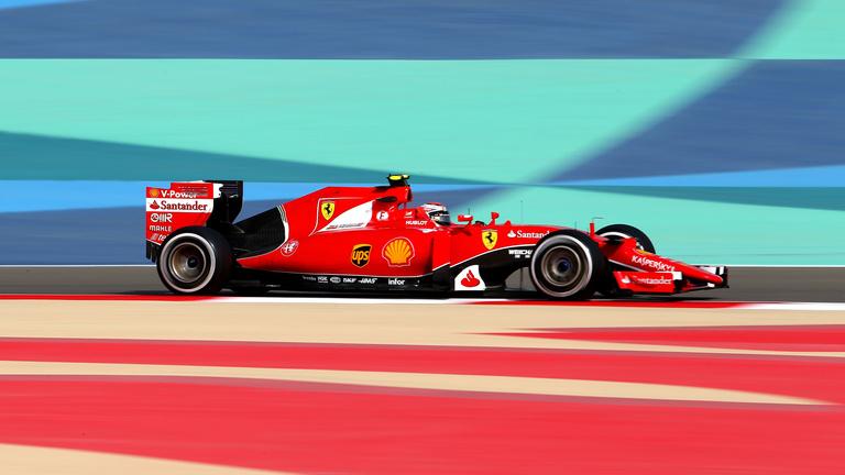 Rosberg és Hamilton visszaállt az élre Bahreinben