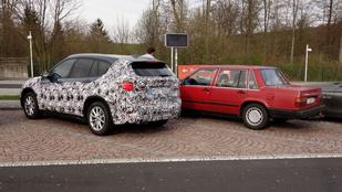 Megérkezés és a filléres öreg Volvo luxusa
