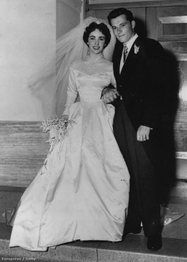 Elizabeth Taylornak bőven volt alkalma kísérletezni a ruhákkal - nekünk ez az egyik kedvencünk.