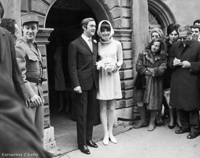 Audrey Hepburn menyasszonyként is tökéletes.