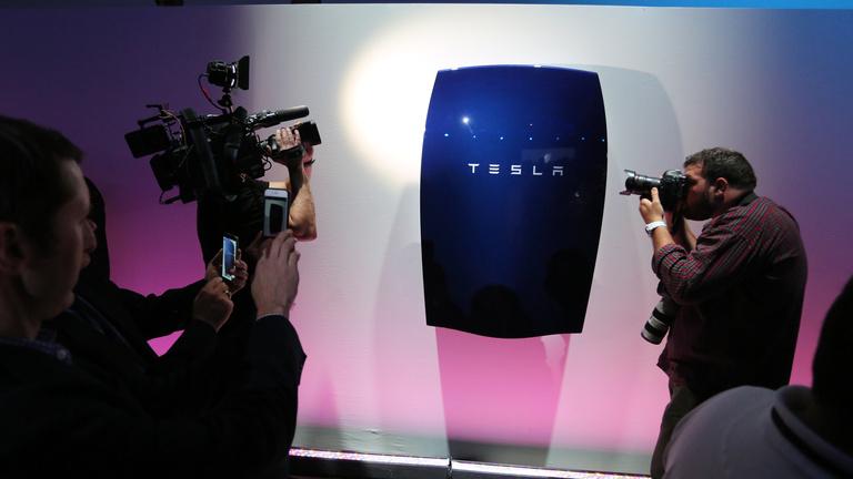 A Tesla egyetlen bejelentéssel forradalmasítja a napenergia-ipart