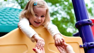 Kétnyelvű gyerekek és a Mummy's apple-je