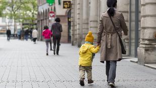 Ön biztos abban, hogy a gyereke nem menne el egy idegennel?