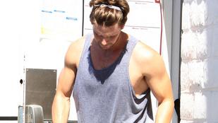 Izzadtan, vagy ficsúrként vonzóbb Arnold Schwarzenegger fia?