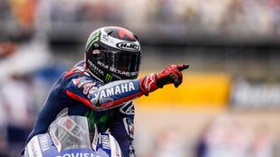 Rossi kétszázadszor a dobogón