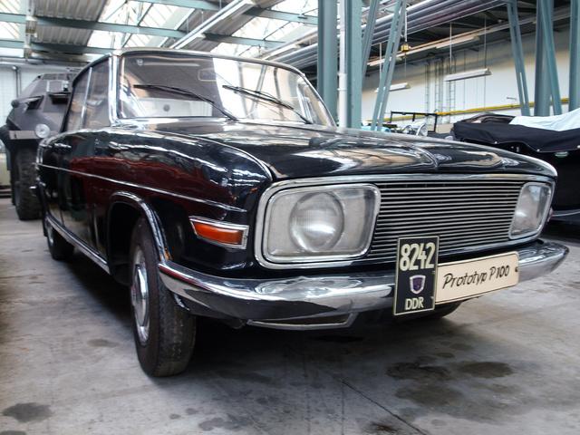 Trabant P100 1961-ből - hasonlít a DKW F102-re, emiatt az Audi 72-esre is, csakhogy azok később lettek