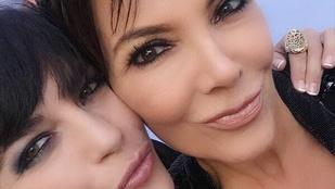 Selma Blair alakítja Kris Jennert