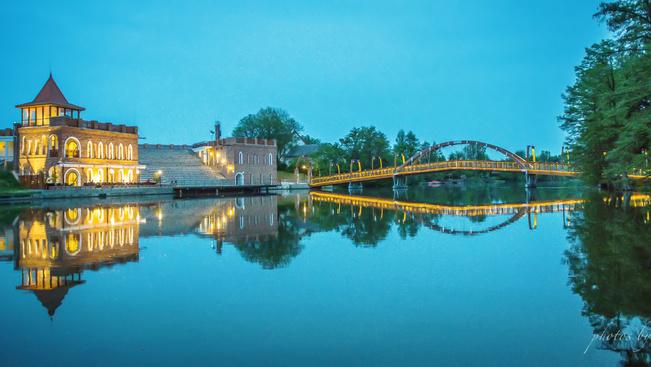 Musicalgálával nyílik a szarvasi Vízi Színház