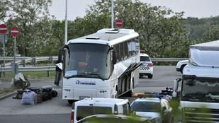 Hogy került a csőbomba a bolgár buszra?