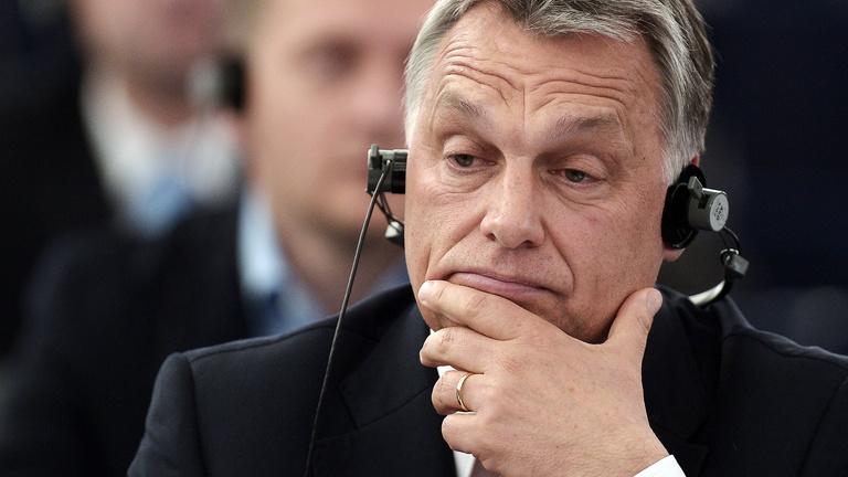 Összezárt a Néppárt Orbánnal szemben