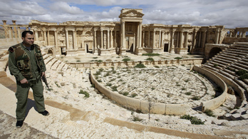 Ez a romváros Szíria Ópusztaszere. Amíg az Iszlám Állam szét nem zúzza