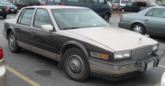 1280px-86-88 Cadillac Seville
