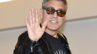 Van cukibb szerelmespár Clooney-éknál?!