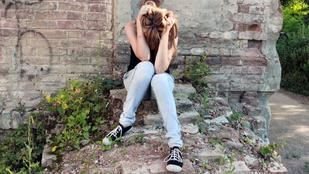 Kamaszkori öngyilkosság: kockázati tényezők, teendők