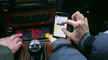 Hiába a szigor, az Uber nem vonul ki