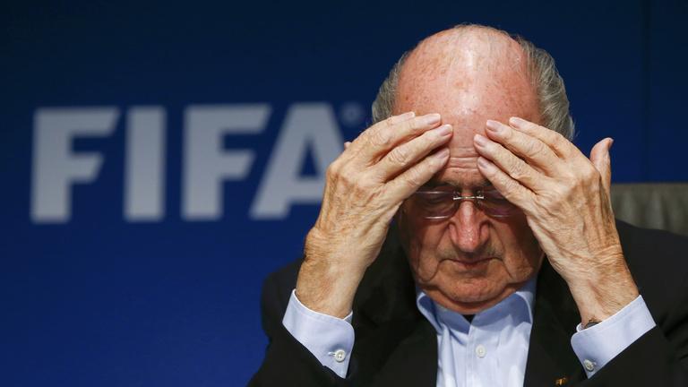 Most dől el, hogy Blattert elzavarják vagy megkoronázzák