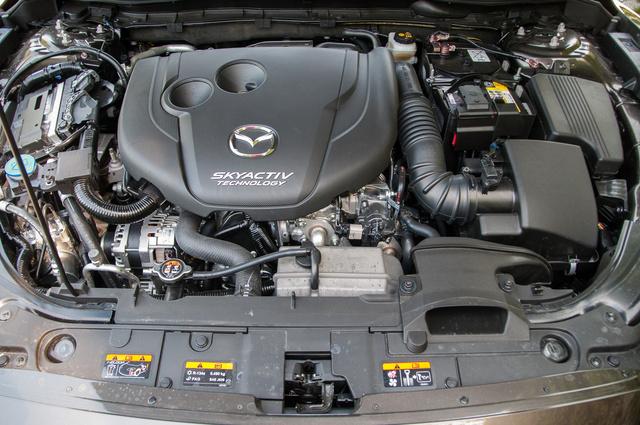 Nem rossz ez a motor, de én a benzinest választanám