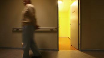 Ápolók vertek össze egy pesti pszichiátrián kezelt nőt