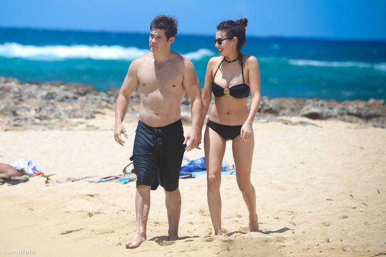Adam DeVine a barátnőjével, Chloe Bridgeszel havajozik