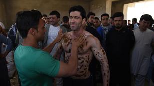Nézze meg az izomtorony Mr. Afganisztánt!
