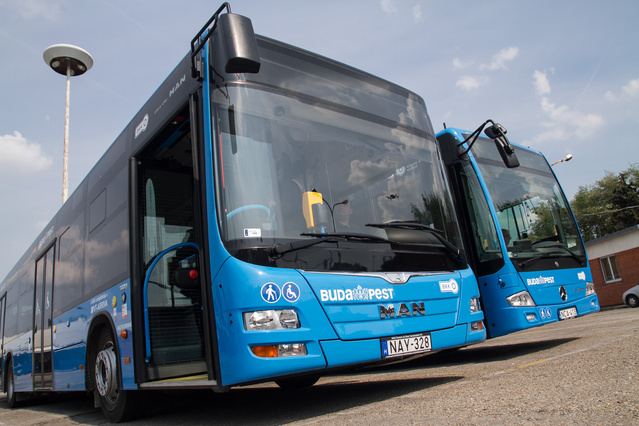 Ha a 2016 tavaszáig tartó beszerzési időszak lecseng, a VT-Arriva összesen 400 buszt pörgethet Budapesten. Ez elvi lehetőség, mert a Budapesti Közlekedési Központban döntik el, hogy hány buszukat engedhetik a forgalomba a dél-budapesti régióban