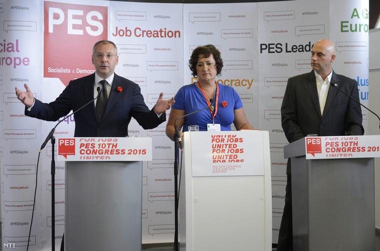 Szergej Sztanisev, az Európai Szocialisták Pártja (PES) elnöke, Gurmai Zita, a PES nőszervezetének elnöke és Tóbiás József, az MSZP elnök-frakcióvezetője a Budapest Kongresszusi Központban 2015. június 11-én.