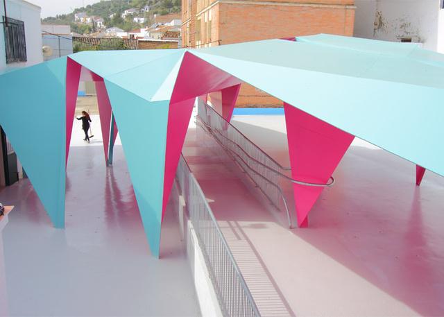 Colourful-paper-architecture-for-kids Julio-Barreno-Gutierrez de