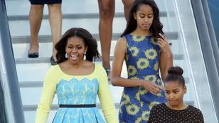 Nincs szerencsésebb Obama lányainál, akik együtt teázhatnak Harry herceggel