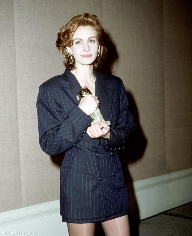 Julia Roberts az 1991-es Golden Globe-díjátadón jelent meg csíkos férfizakóban és miniszoknyában.