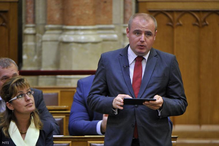 Legény Zsolt a parlamentben