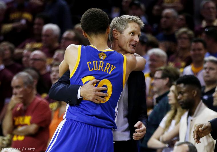 Kerr és Curry, a Warriors két hőse