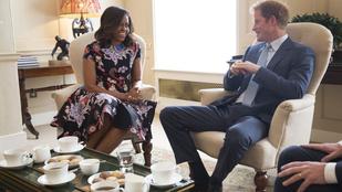 Megtörtént: az Obama-nők Harry herceggel teáztak