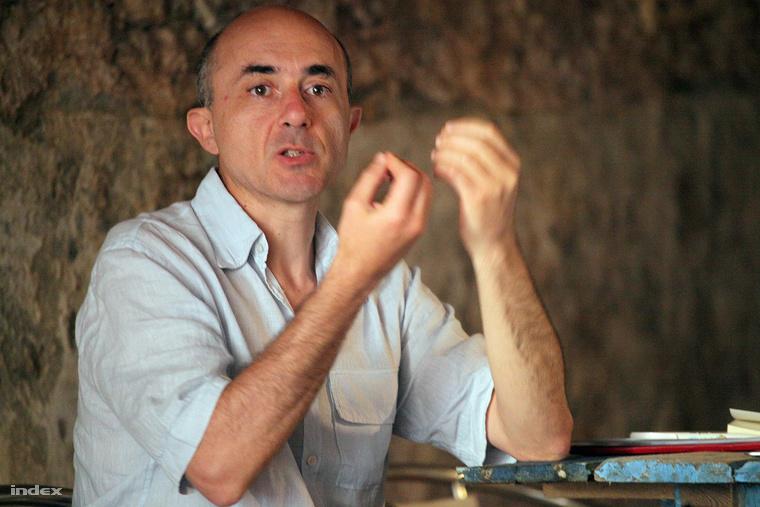 Paolo Cuttitta szerint a politikának érdeke krízist teremtenie
