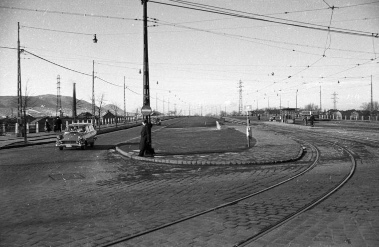 Az Árpád híd pesti hídfője a Váci út felől, 1959