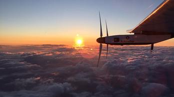 Rekord: 67 órája repül leszállás nélkül