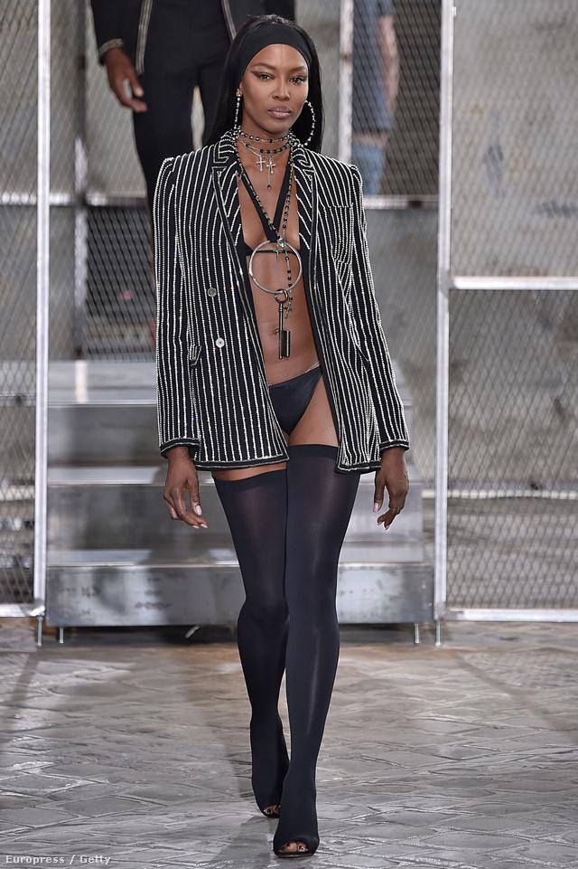 Riccardo Tisci nemcsak a jövő évi férfi divatot mutatta be, felvonultatta a Givenchy haute couture kollekcióját a közönségnek.
