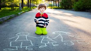 Az ön gyereke tudja mit kell tenni, ha véletlenül elkeveredik?