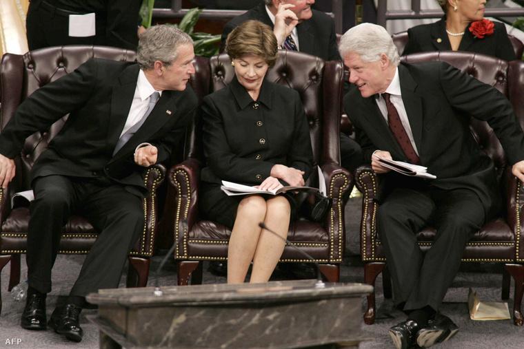 George W. Bush, Laura Bush és Bill Clinton