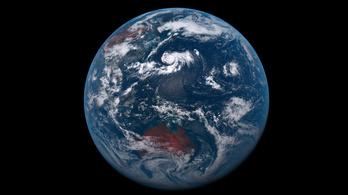Miért nincs a Földnek gyűrűje?