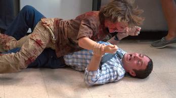 Zombigyerek harapta meg Elijah Woodot