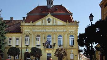 Jobbik-vezér lett a KDNP-vezetőből Szigetváron