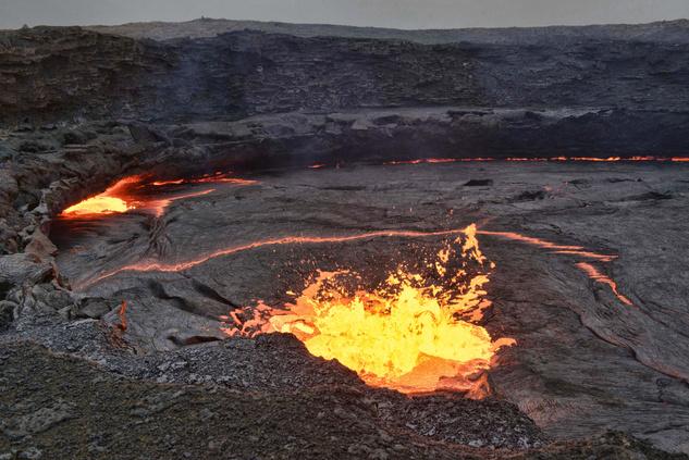 Az Észak-etiópiai vidék különleges színvilága és a mindig fortyogó Erte Ale vulkán mágnesként vonzza a turistákat